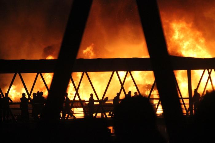 Feuer im Bandra Station Slum - Fotocredit M.
