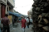 Holz zur Leichenverbrennung in Varanasi